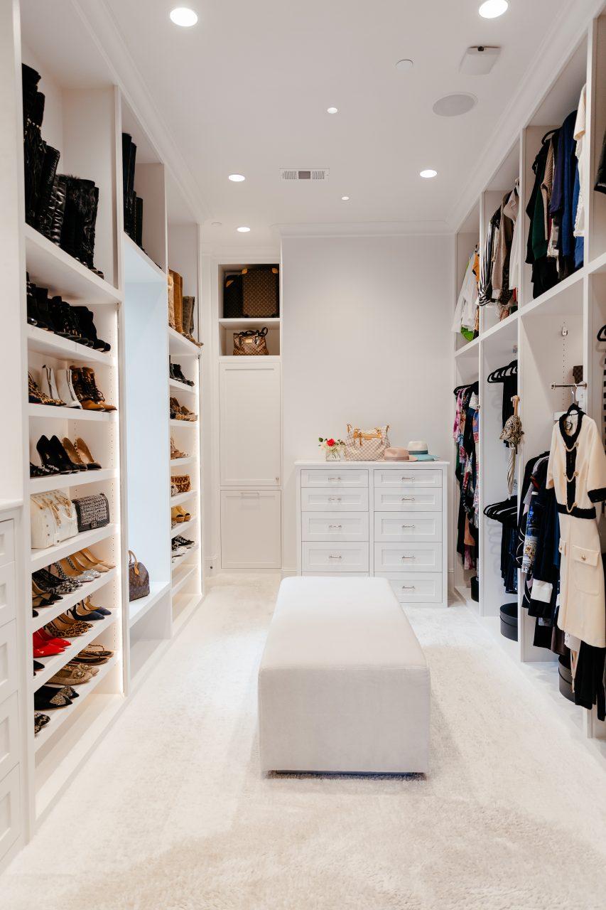 closet organization photography